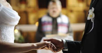 4 Things To Have Your Pastor Say At Your Wedding