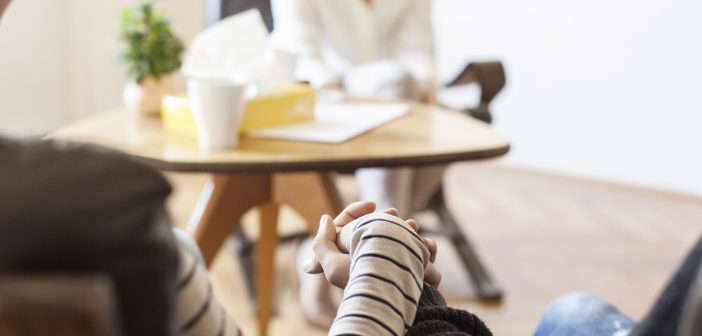 Why Pre-Engagement Counseling Is A Smart Idea For Young Couples